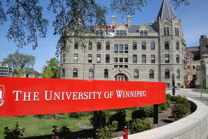 Becas de pregrado para estudiar en Canada